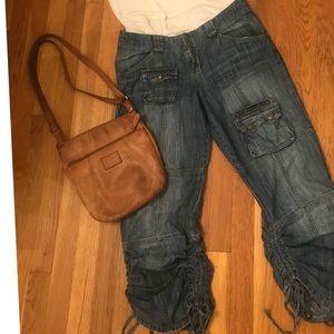 Chillin' in crop culottes 😊Mudd super cute jeans